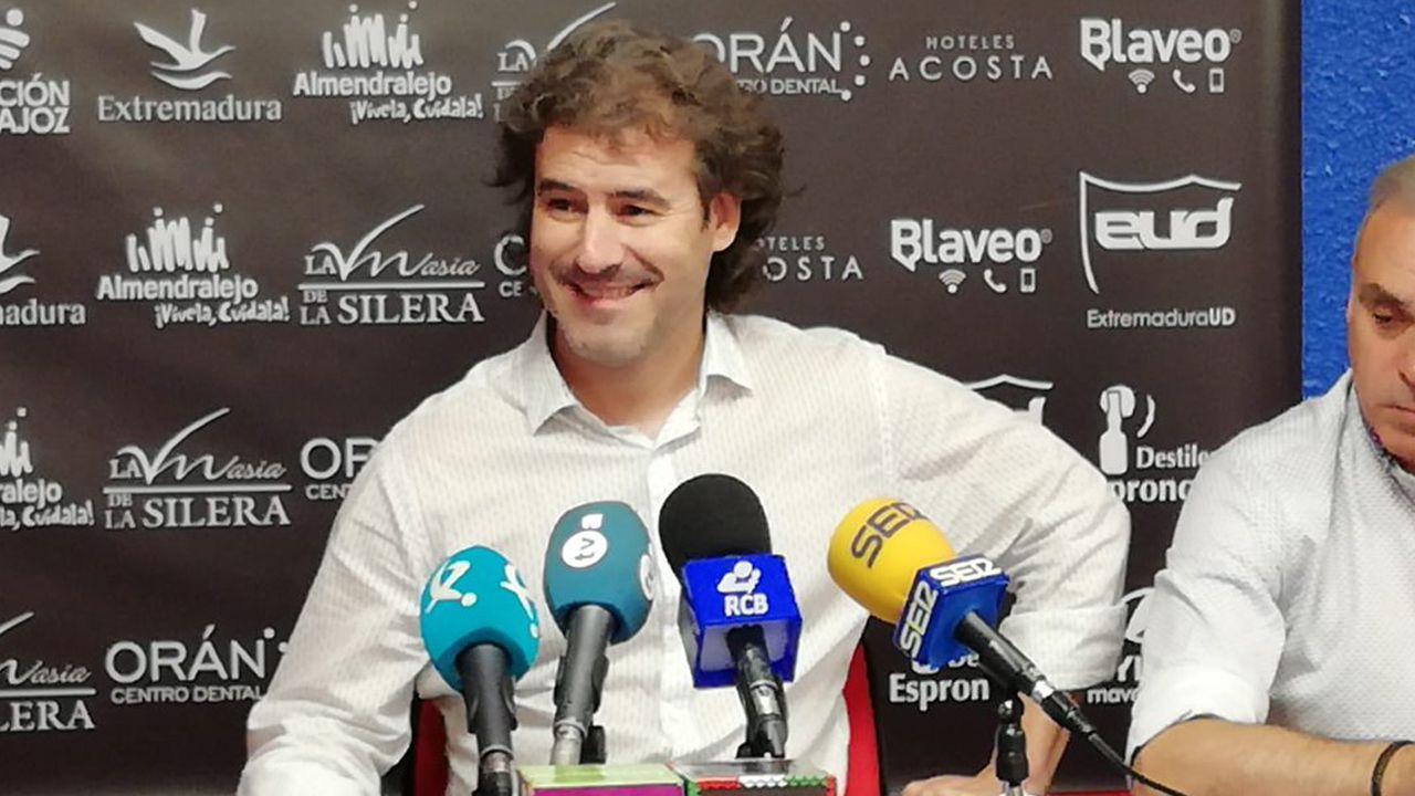 Juanfran, durante los exámenes médicos del pasado lunes con el Deportivo