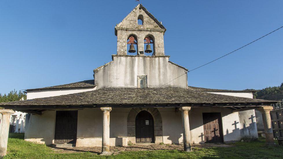 En A Pousa se halla la iglesia parroquial de Santa María de Saa