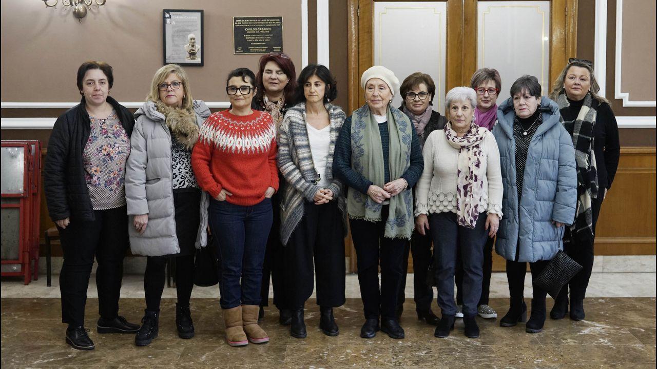 Concentración feminista en Ourense.Hospital del Bierzo, donde durante días estuvo ingresada la mujer