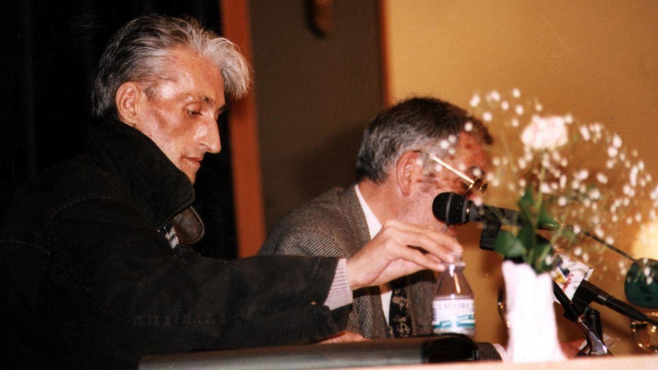 Lois Pereiro, en la Casa da Cultura de Monforte, en el 2001