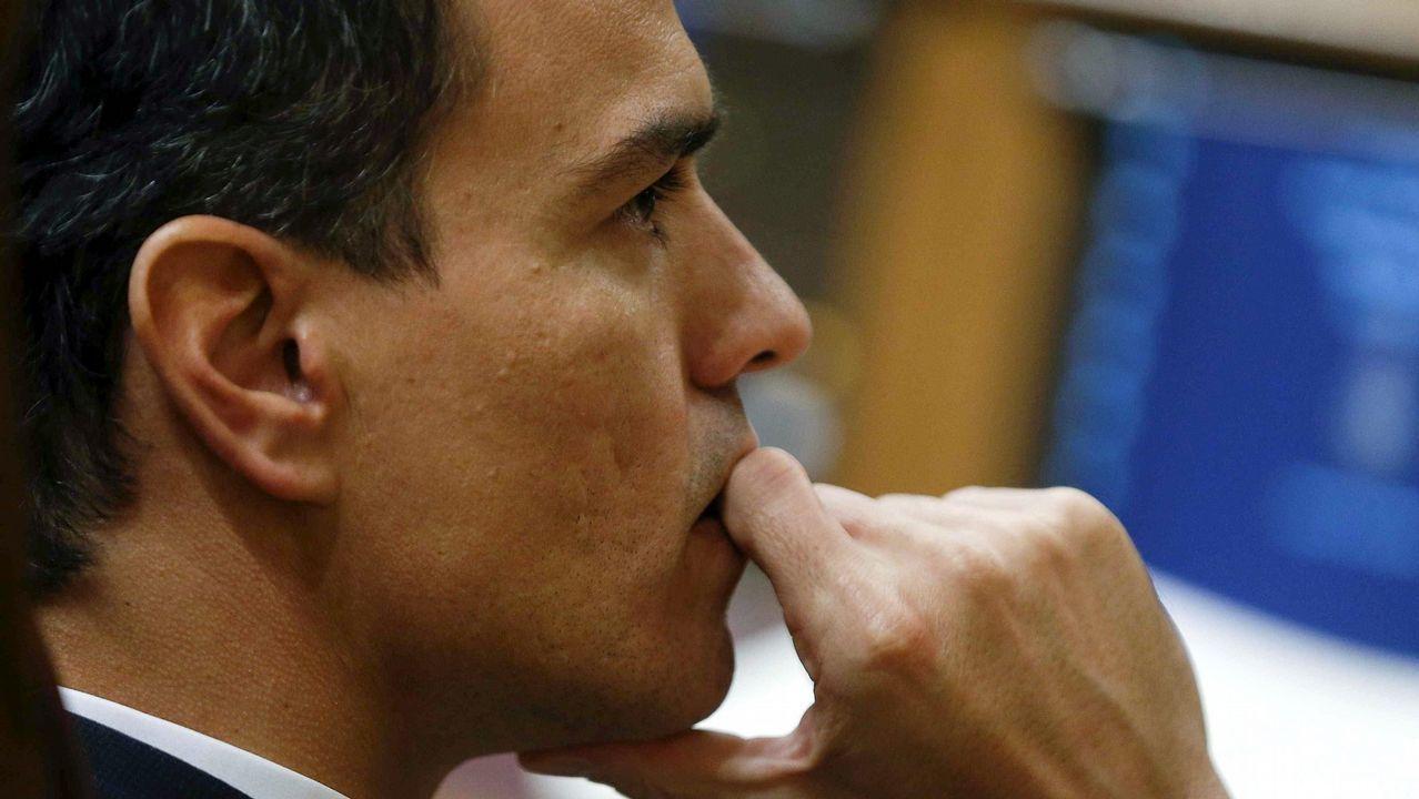 El álbum del día.Jesús Domínguez, portavoz de la plataforma de víctimas, hubiese querido que los responsables políticos pidiesen perdón y dimitiesen