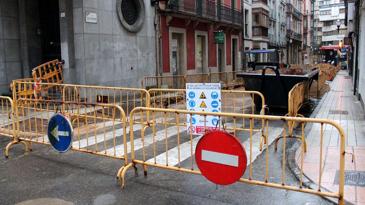 Oficinas de la Renta Social Municipal en El Coto (Gijón).Obras en el centro de Gijón