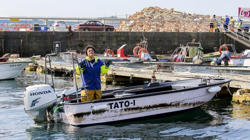 «Ferrol Mola».En la imagen, una de las embarcaciones afectadas por el vertido