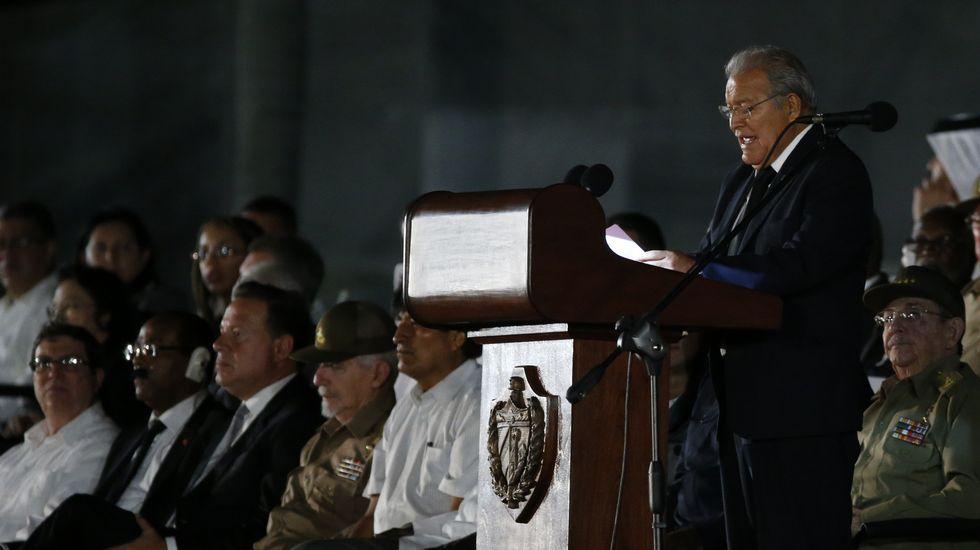 El presidente de El Salvador, Salvador Sánchez Cerén, en el funeral de Fidel Castro