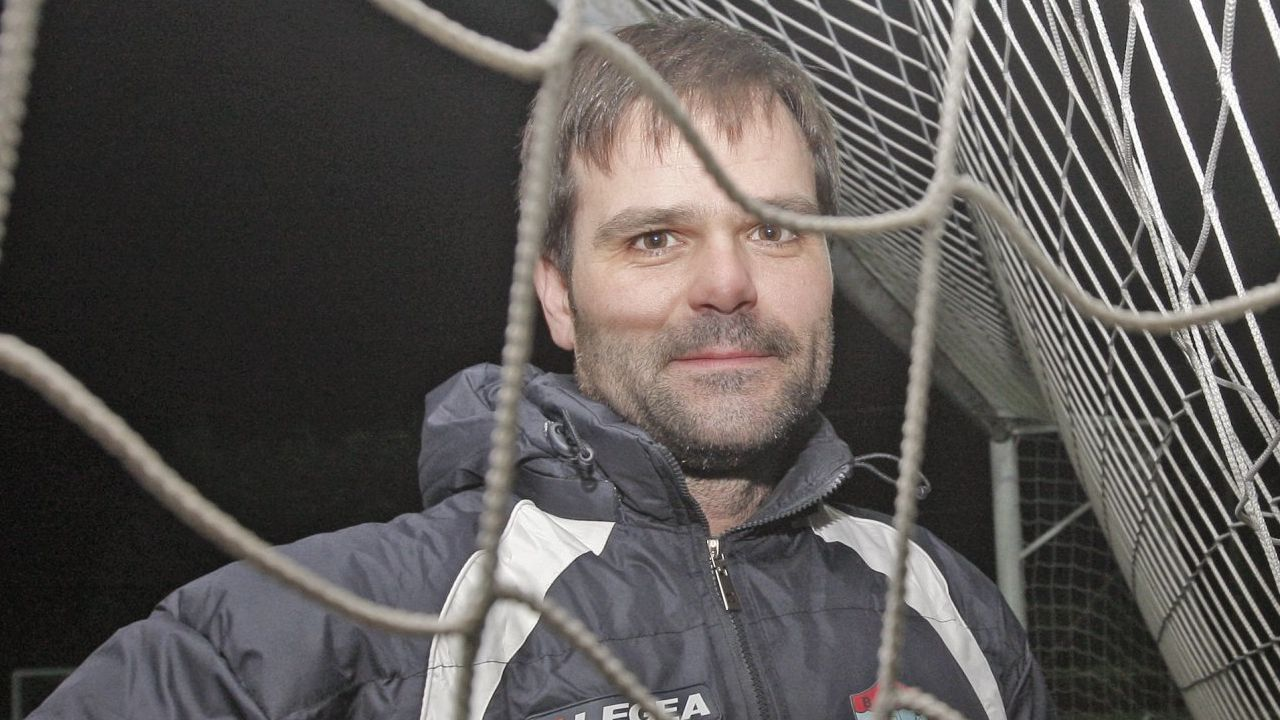 La actual es la primera experiencia de Andrés fuera del fútbol gallego, donde tuvo gran recorrido