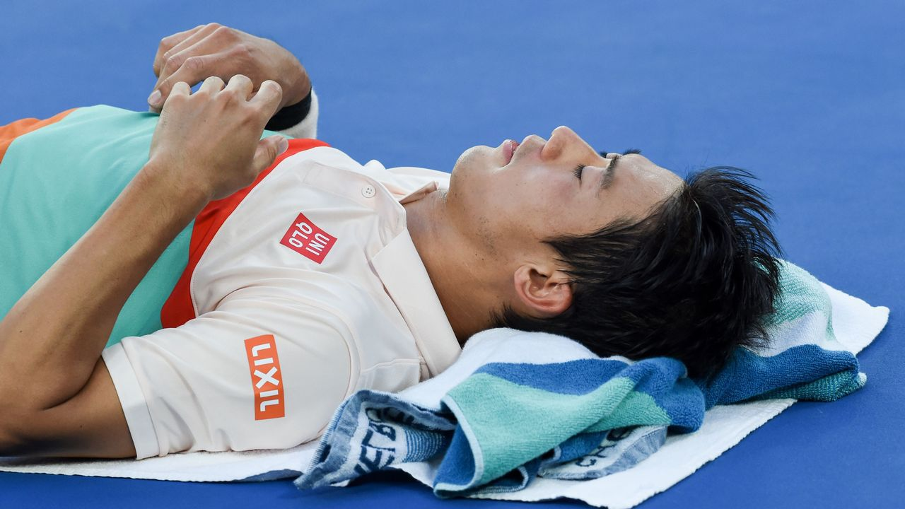Nishikori, lesionado, terminó abandonando
