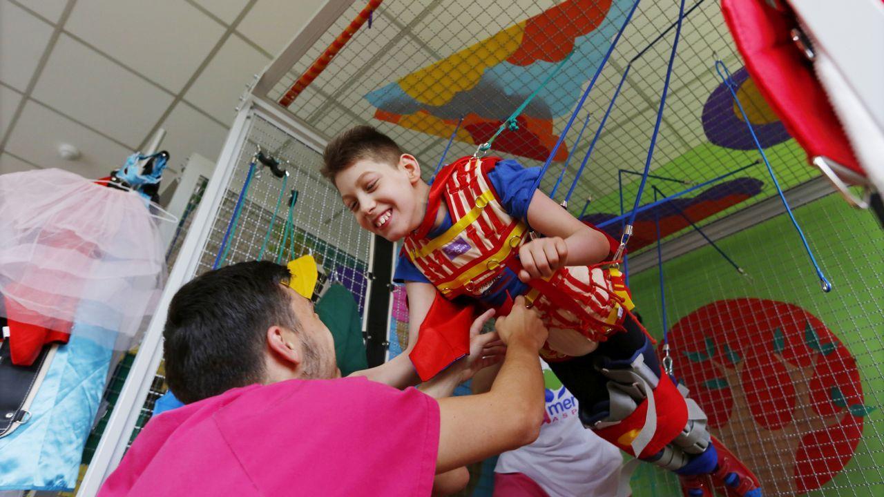 Terapia Spider en el centro Amencer para personas con paralisis cerebral u otros problemas neuro motores