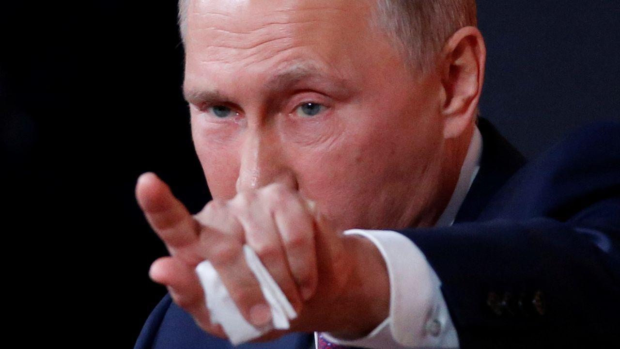«Al acoger les abres los ojos al mundo».Mijaíl Projorov, Roman Abramovich, Dimitri Medvedev y Oleg Deripaska