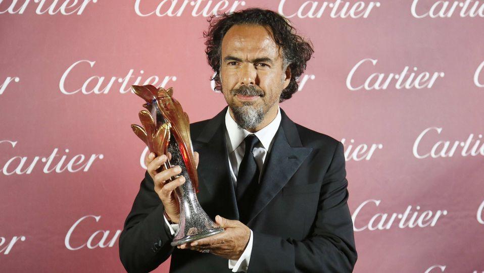 Los mejores momentos de los Globos de Oro.El director de «Birdman» Alejandro González Iñárritu, recoge un premio en Estados Unidos.