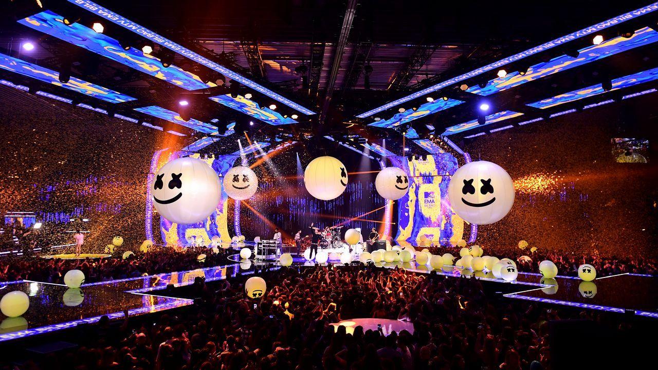 La puesta en escena de la actuación de Marshmello