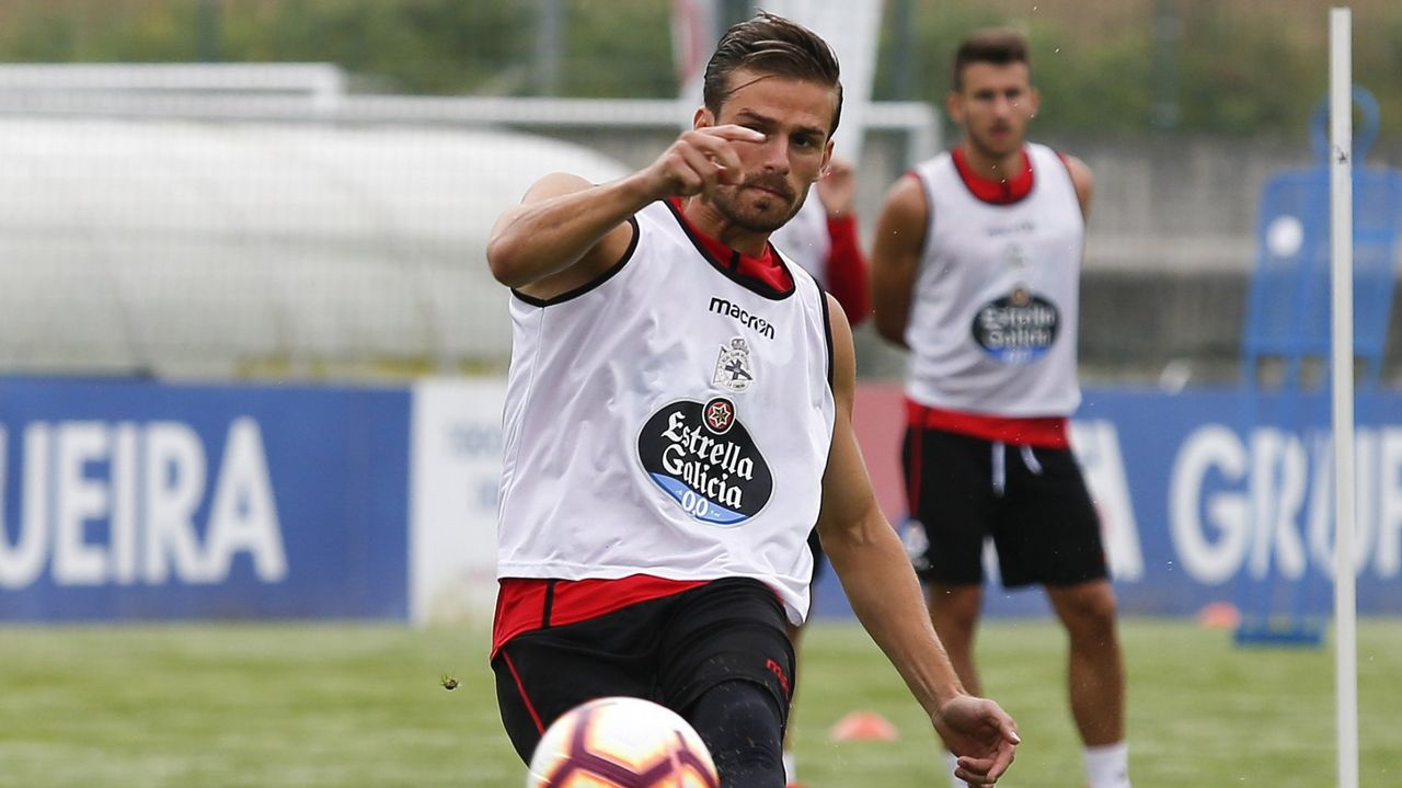Oswaldo Alanis Real Oviedo Carlos Tartiere.Diegui Johannesson en El Requexón