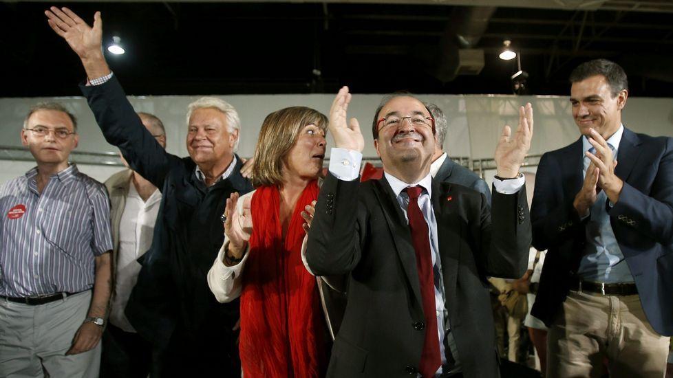 Off The Record - ¡Pieles roja en Cataluña!.González criticó la ofensiva diplomática de Rajoy contra el soberanismo.
