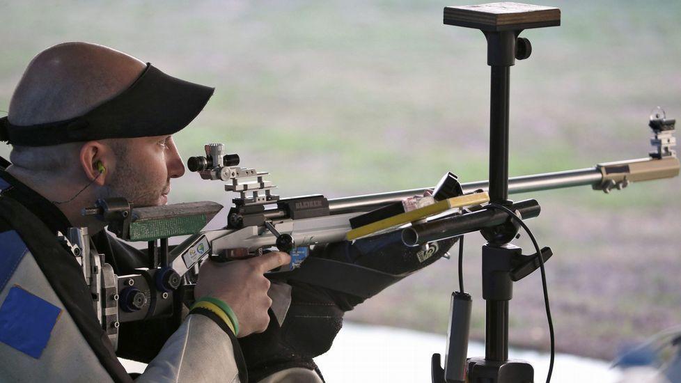El tirador deportivo italiano Niccolò Campriani se alzó con el oro en las disciplinas 50 metros con rifle de 3 posiciones y 10 metros con rifle de aire