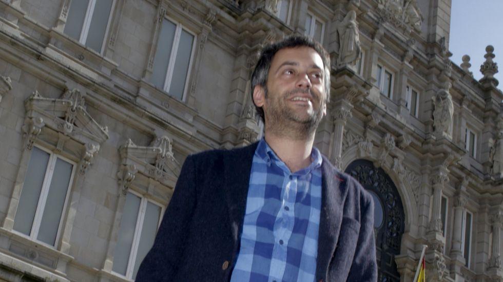 Fher Olvera, cantante de Maná, en el concierto que el grupo dio en el Coliseo en el 2003.