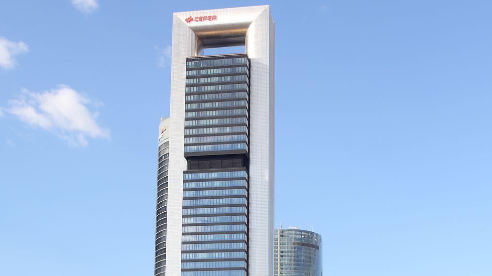 Así es el rascacielos que se acaba de comprar Amancio Ortega.