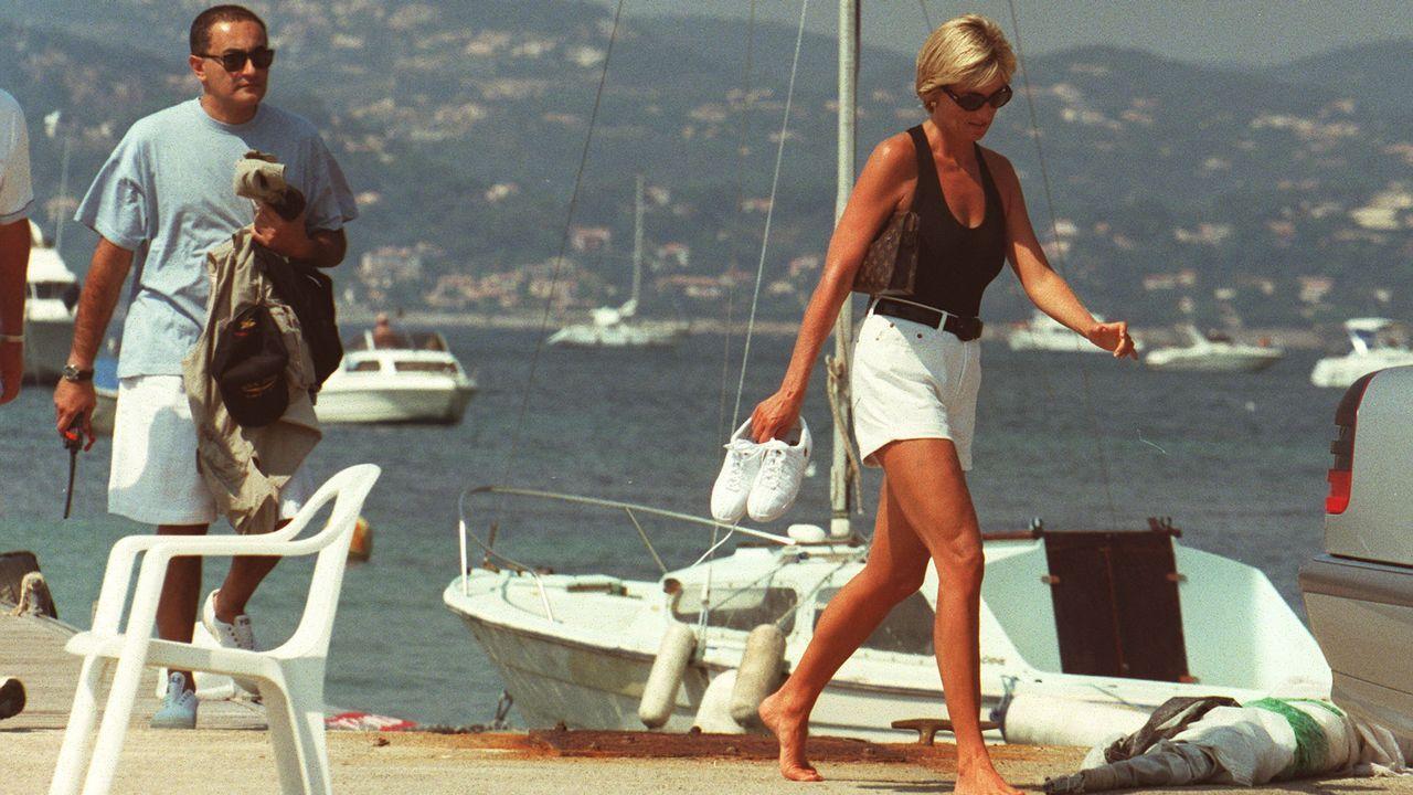 Lady Di y Dodi Al-Fayed disfrutaron de unos días navegando en Saint Tropez.