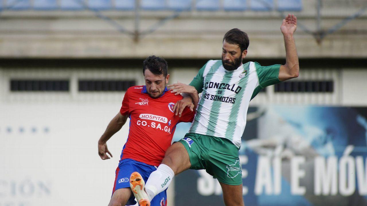 Gol Lucas Ahijado Jimmy Javi Mier Vetusta Real Union Requexon.Lucas Ahijado y Jimmy celebran el primer gol ante el Real Unión