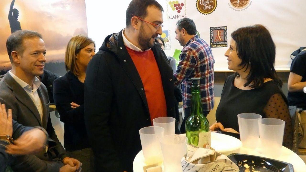 .Adrián Barbón y Adriana Lastra en FITUR