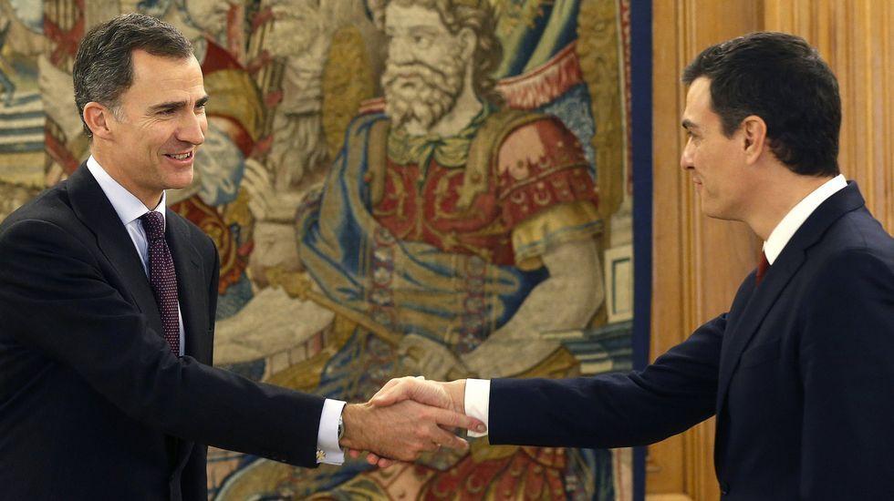 El rey encarga a Sánchez la investidura (02/02/2016).