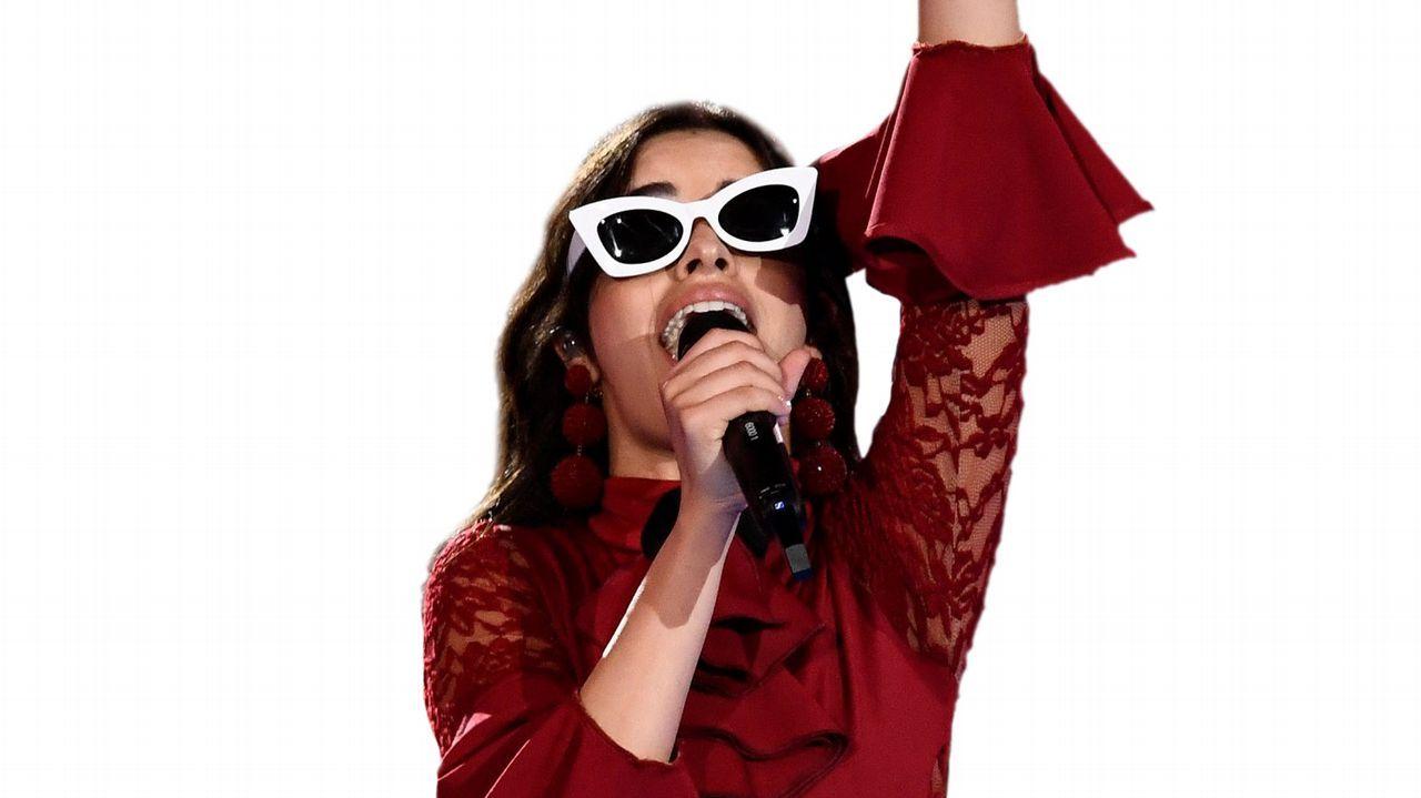 Camila Cabello triunfa en los MTV Europe Awards.Pelayo Díaz en la portada de Interviú