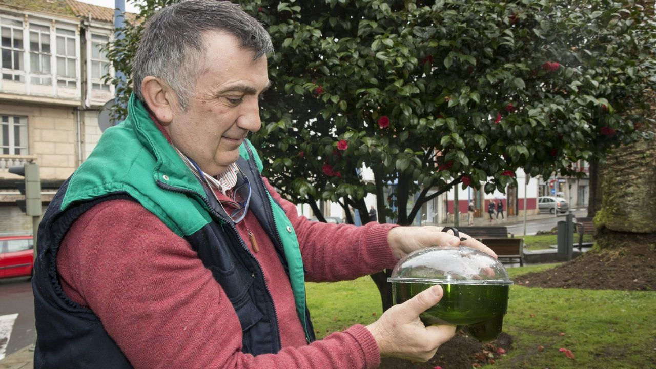 67 años y no perdona su baño diario en Razo.Ciclo OTNI del FIOT