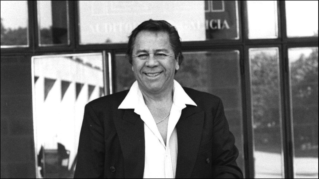 Lucho Gatica, en una fotografía de los 90