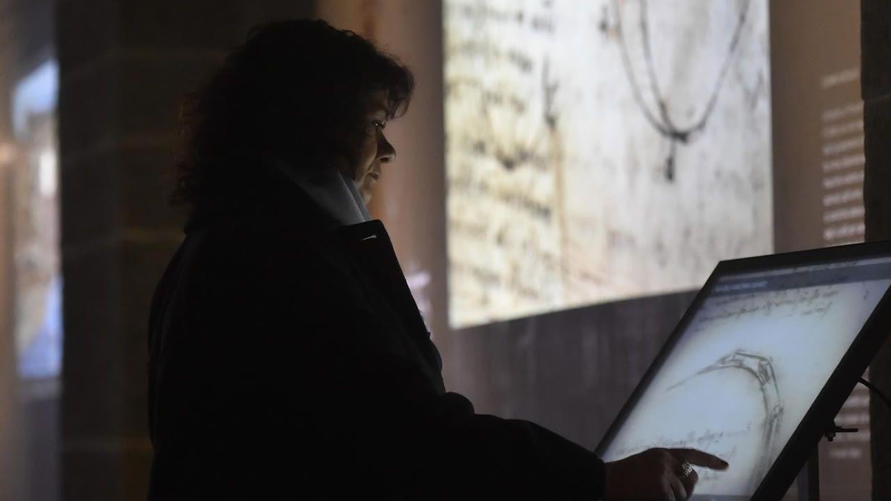 Vídeo de Podemos sobre Alcoa.Gemma Pérez en la catedral de Santa Maria del Fiore, Florencia