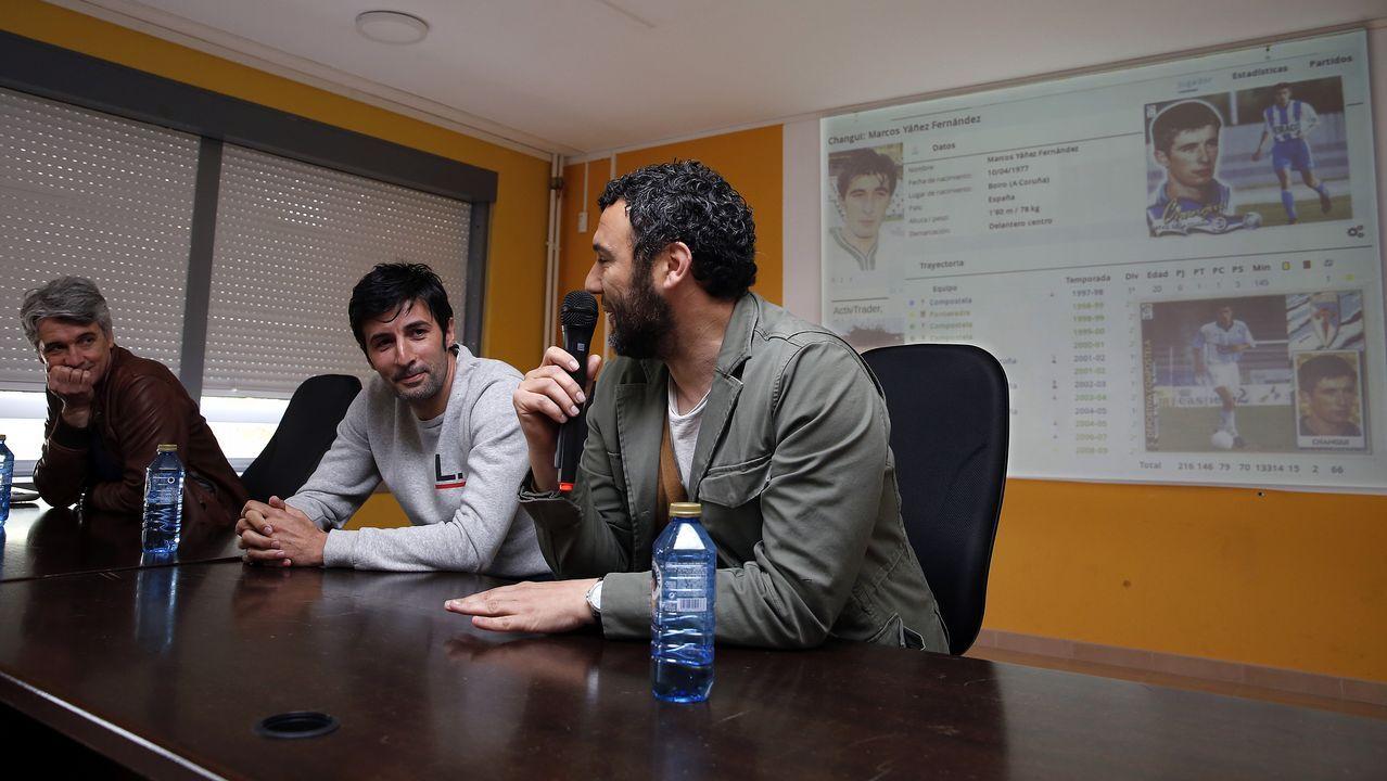 Entrega XIII Becas Juan Lampón EN  Sala de usos múltiples IES A Pobra