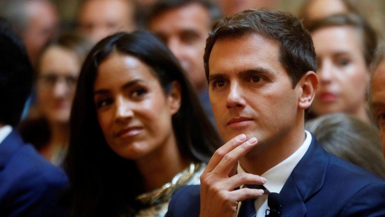 Acuerdo para sacar a Franco del Valle de los Caídos.Sánchez asistió ayer a la toma de posesión de María Luisa Carcedo como ministra de Sanidad