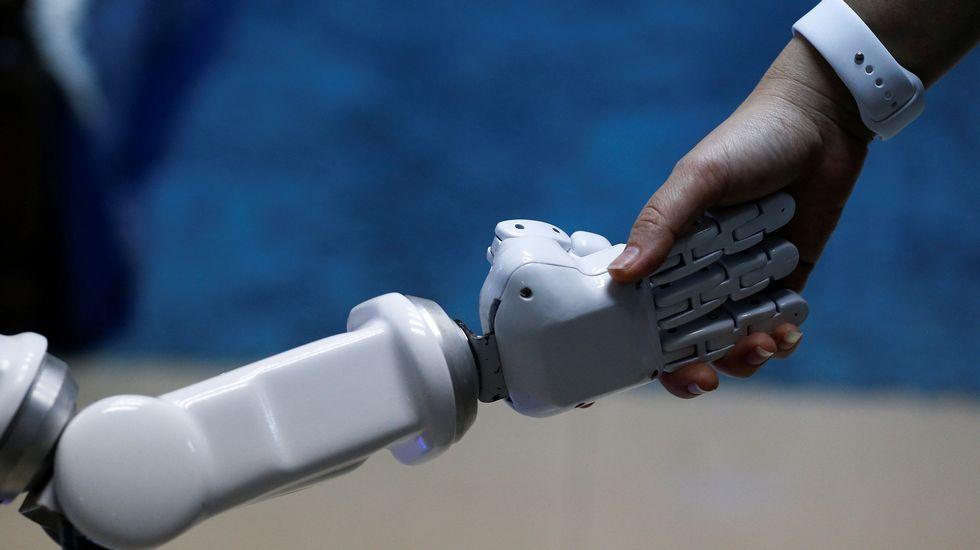 robótica, cuarta revolución industrial.Pisos del banco malo en Oviedo