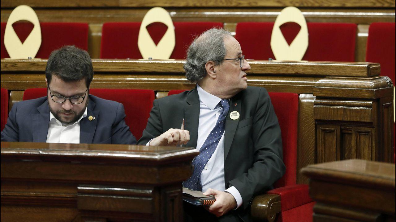 Sánchez arranca oficialmente la precampaña.Los expresidentes de Brasil y de Chile, Cardoso (a la izquierda) y Lagos, junto a Sánchez ayer en el Foro Iberoamericano