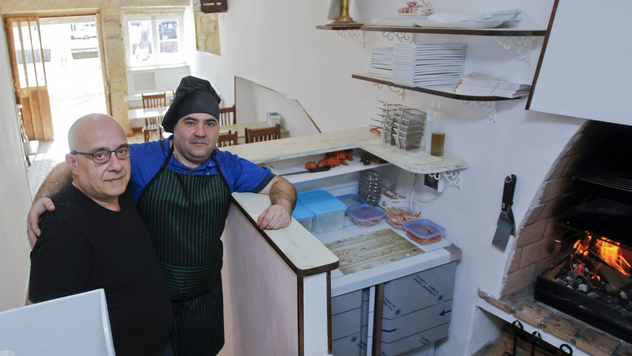En La Maña las hamburguesas se preparan con ternera gallega y a la parrilla