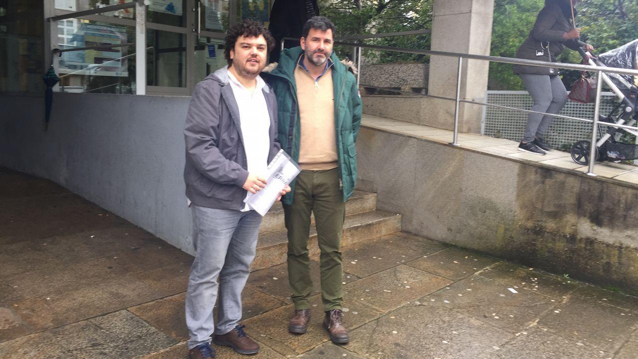 La plataforma se reunió el lunes con los grupos políticos con representación en el Parlamento de Galicia