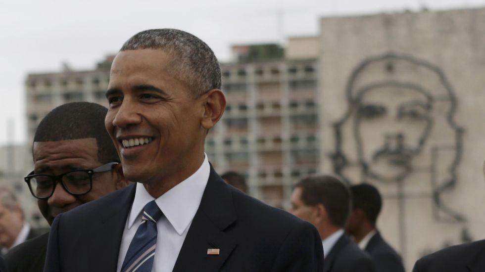 Obama se reúne con Castro