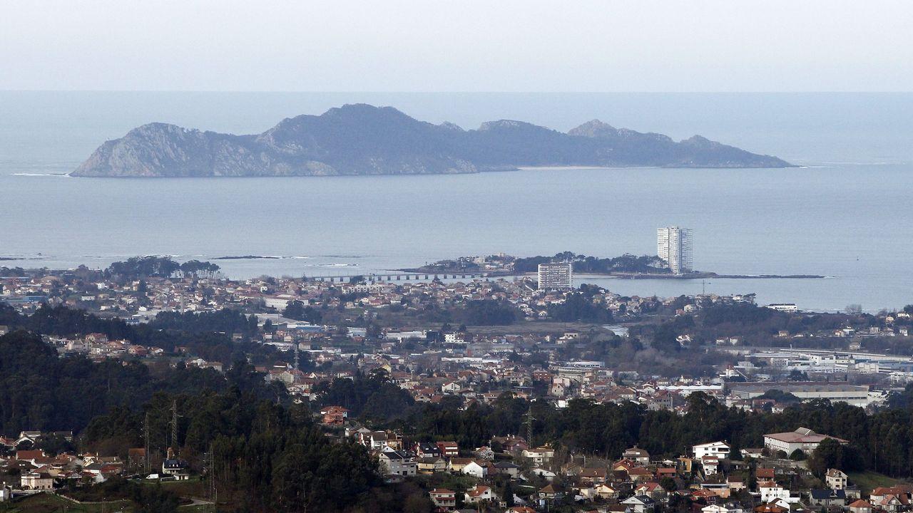 El mirado acristalados que la empresa gijones Ales Iluminación ha instalado, a 400 metros de altitud, en el Peñón de Gibraltar.El mirador acristalado que la empresa gijonesa Ales Ingeniería Creativa 360º ha instalado, a 400 metros de altitud, en el Peñón de Gibraltar