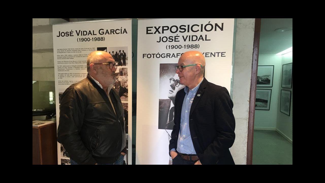 El aniversario de Antonio Castro, ¡en imágenes!.Meniñeiro de Semana Santa en Cabana