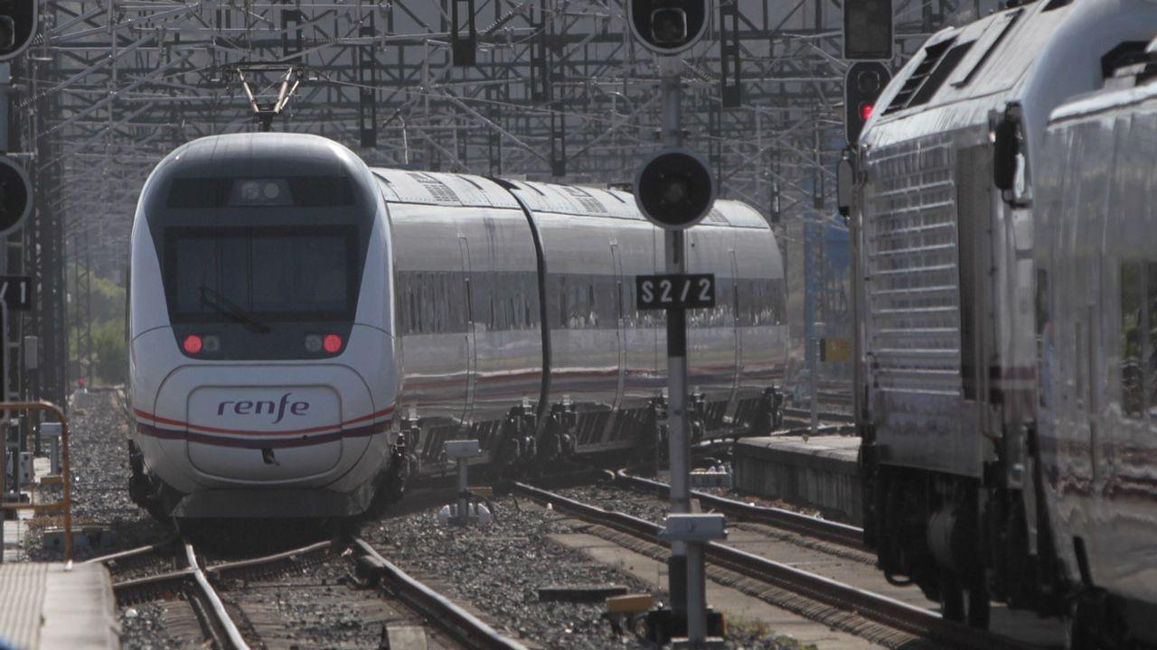 Trenes circulando por el eje atlántico