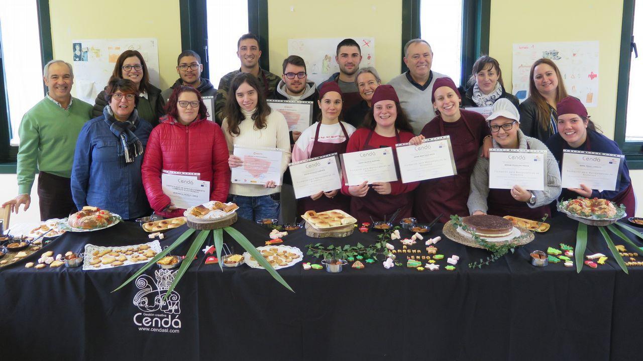 Las Escuelas Luis Calvo recibieron a Papá Noel: ¡búscate en el álbum!