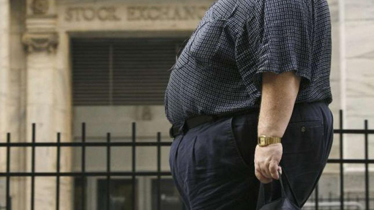 Un hombre obeso