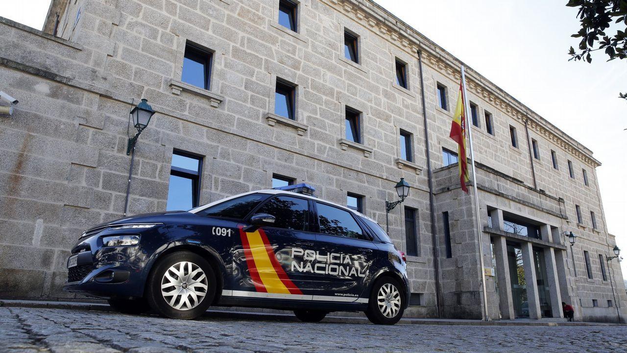 «Nos asomamos por la ventana para coger aire».La Policía Nacional celebra su 195 aniversario