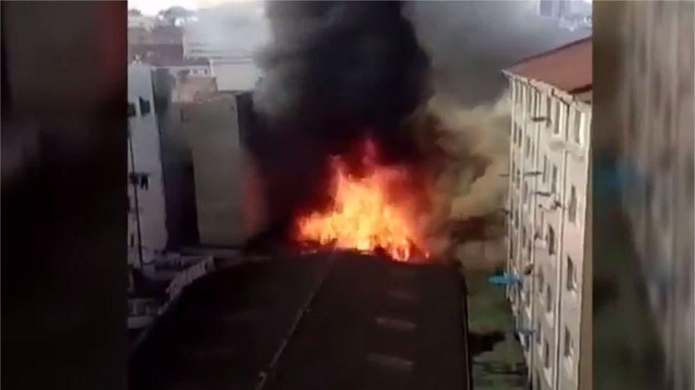 Incendio en un bazar chino de Oviedo