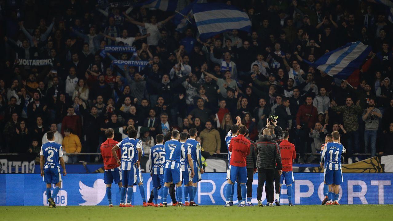 Las mejores imágenes del Oviedo - Deportivo.Quique y Edu Expósito, junto a Carlos Fernández, lideran las expectativas del Deportivo