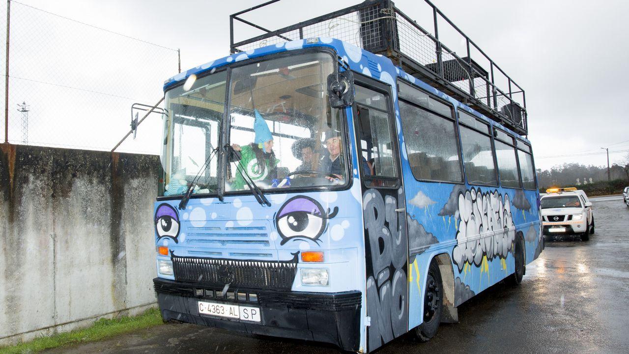Presentación de la Mikaeliña y del bus de la Mikaela en Buño