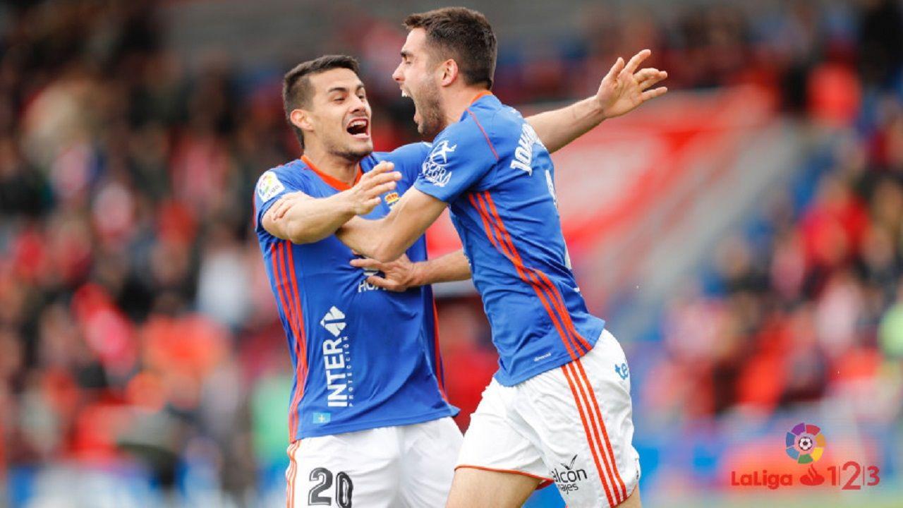 Cotugno y Diegui celebran el 0-1 en Lugo