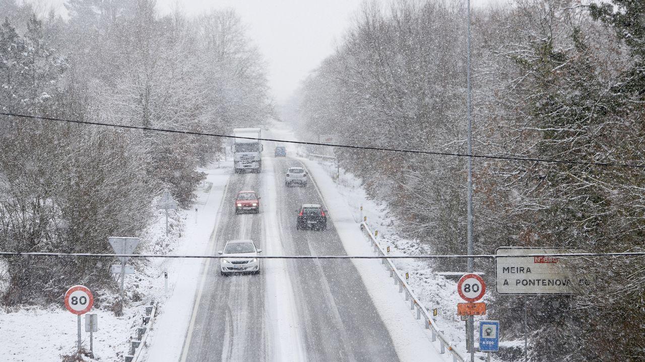 Intensas nevadas en la provincia de Lugo