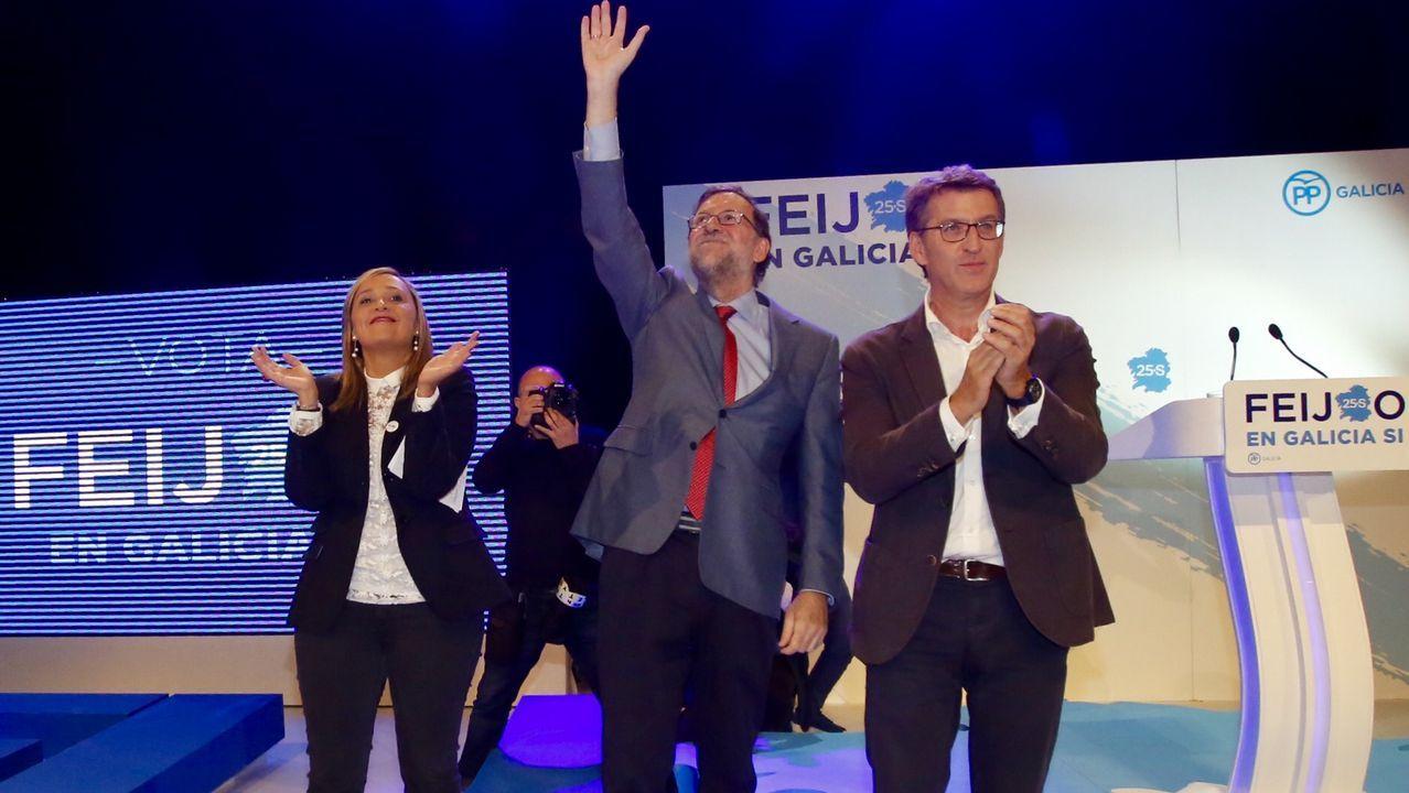 Feijoo junto a Mariano Rajoy en un mitin en Vigo.