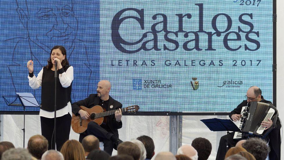 <span lang= gl >Así viviu Galicia o Día das Letras</span>