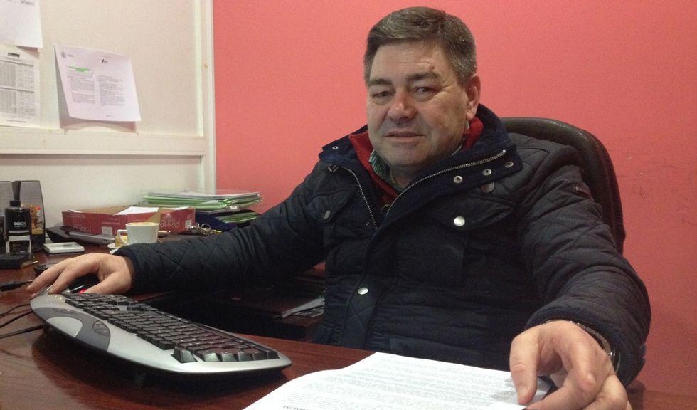 José Astray reincorporouse hai dous anos á Policía Local de Ordes e fai traballos administrativos.