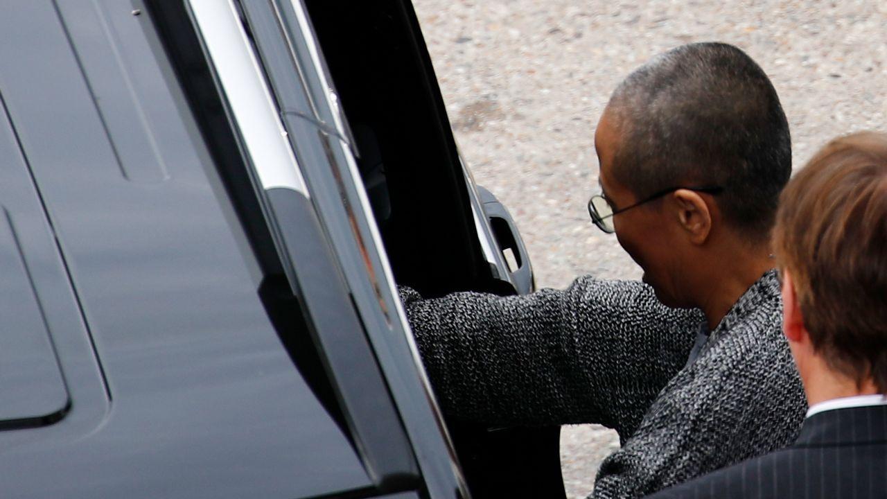 Liu Xia abandonó el aeropuerto de Berlín en una furgoneta