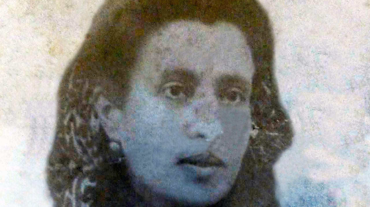 bisnieta.IMÁGENES INÉDITAS. La de la imagen es Marcela. La fotografía, realizada en A Coruña y de Manuel López Cao, es otra de las fotos inéditas de la maestra que su bisnieta guarda en Argentina y que le facilitó al investigador Narciso de Gabriel para la reedición del libro
